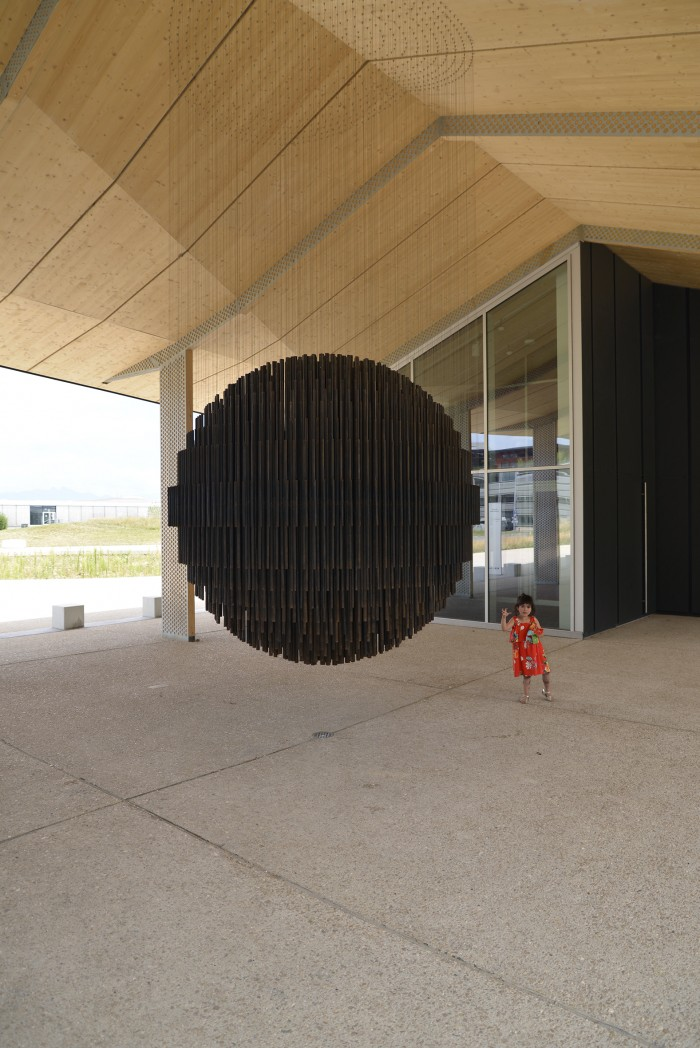 EPFL Bing Bang Etienne Krahenbuhl
