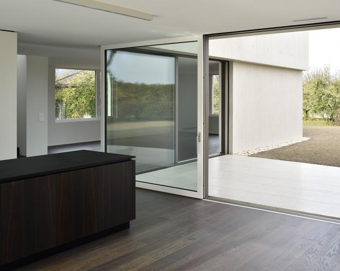 Villa contemporaine moderne à Founex villa béton Counson architectes Dériaz menuiserie agencements