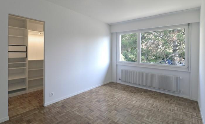 Caudoz Pully rénovation transformation d'un appartement PPE chambre avec dressing